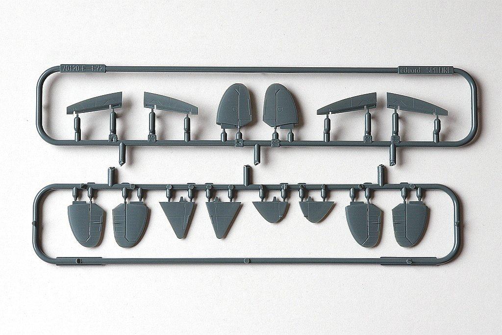 Eduard-217-Spitfire-Mk.-XVI-Dual-Combo-19 SUPERMARINE SPITFIRE Mk.XVI IN 1:72 ALS DUAL COMBO VON EDUARD #2117