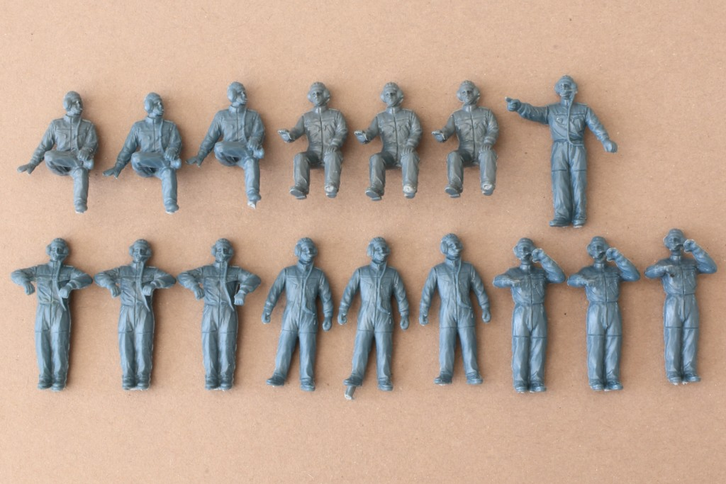 IMG_0002 Modern Western Tank Crews Set 1 (Germany & Israel) 1:72 Caesar Miniatures #H102