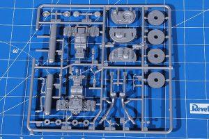 Revell-07043-Porsche-356-C-Cabrio-20-300x200 Revell 07043 Porsche 356 C Cabrio (20)