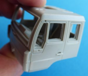 CMK-8056-MAN-LE-10.220-Fahrerhaus-mintiert-2-300x261 CMK 8056 MAN LE 10.220 Fahrerhaus mintiert (2)