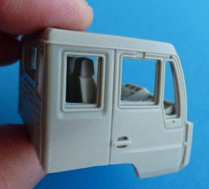 CMK-8056-MAN-LE-10.220-Fahrerhaus-mintiert-3-300x272 CMK 8056 MAN LE 10.220 Fahrerhaus mintiert (3)