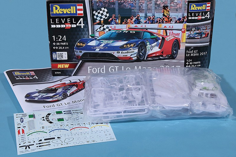 Revell-07041-FORD-GT-Le-Mans-2017-3 Ford GT Le Mans 2017 in 1:24 von Revell 07041
