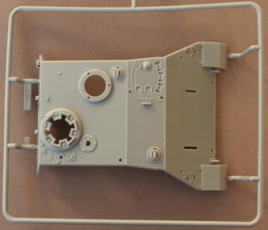 B-4 Kanonenjagdpanzer (KaJaPa) 1:35 Revell (#03276)