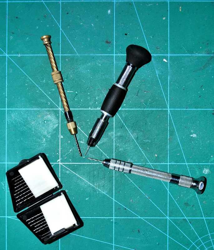 Revell-39064-Handbohrer aktuelles Werkzeug von Revell - heute: Der Handbohrer