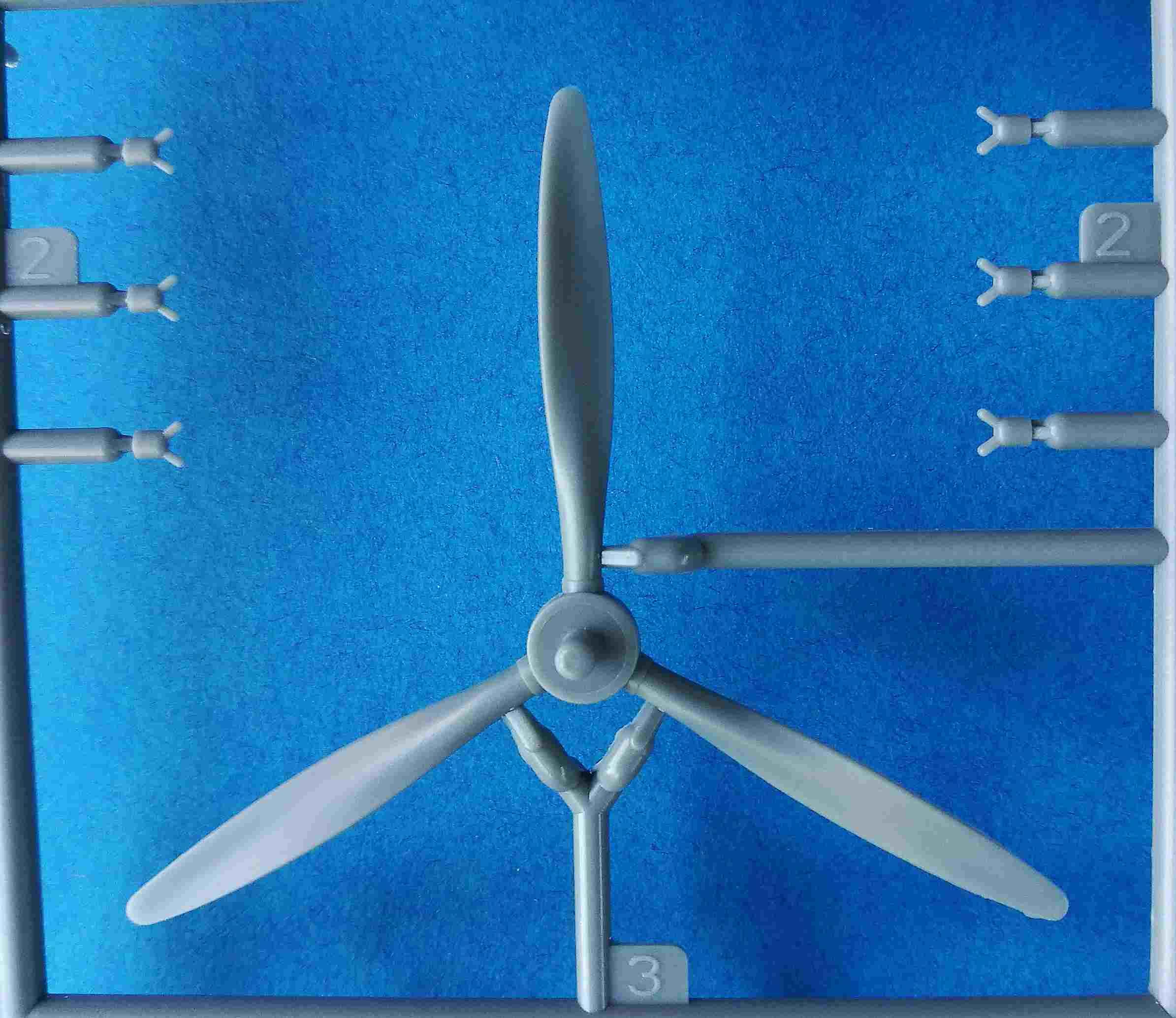 Trumpeter-02880-Fairey-Albacore-2 Fairey Albacore in 1:48  Trumpeter # 02880