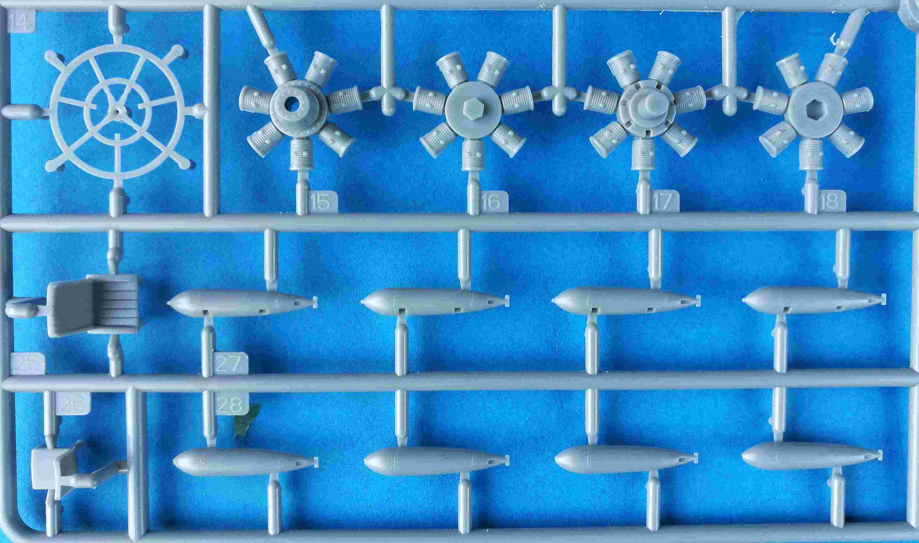 Trumpeter-02880-Fairey-Albacore-4 Fairey Albacore in 1:48  Trumpeter # 02880