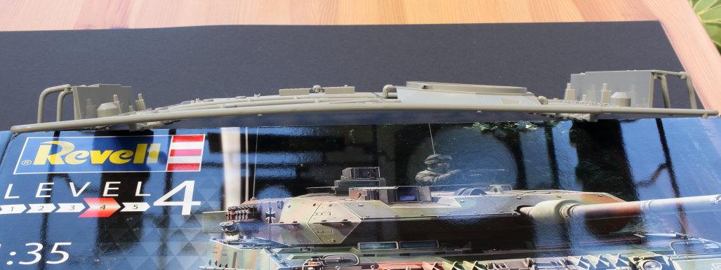A-Verbogen-2 Leopard 2 A6/A6NL 1:35 Revell (#03281)