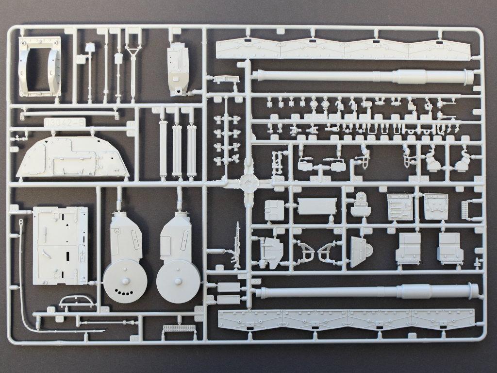 B Panzerhaubitze 2000 1:35 Revell (#03279)