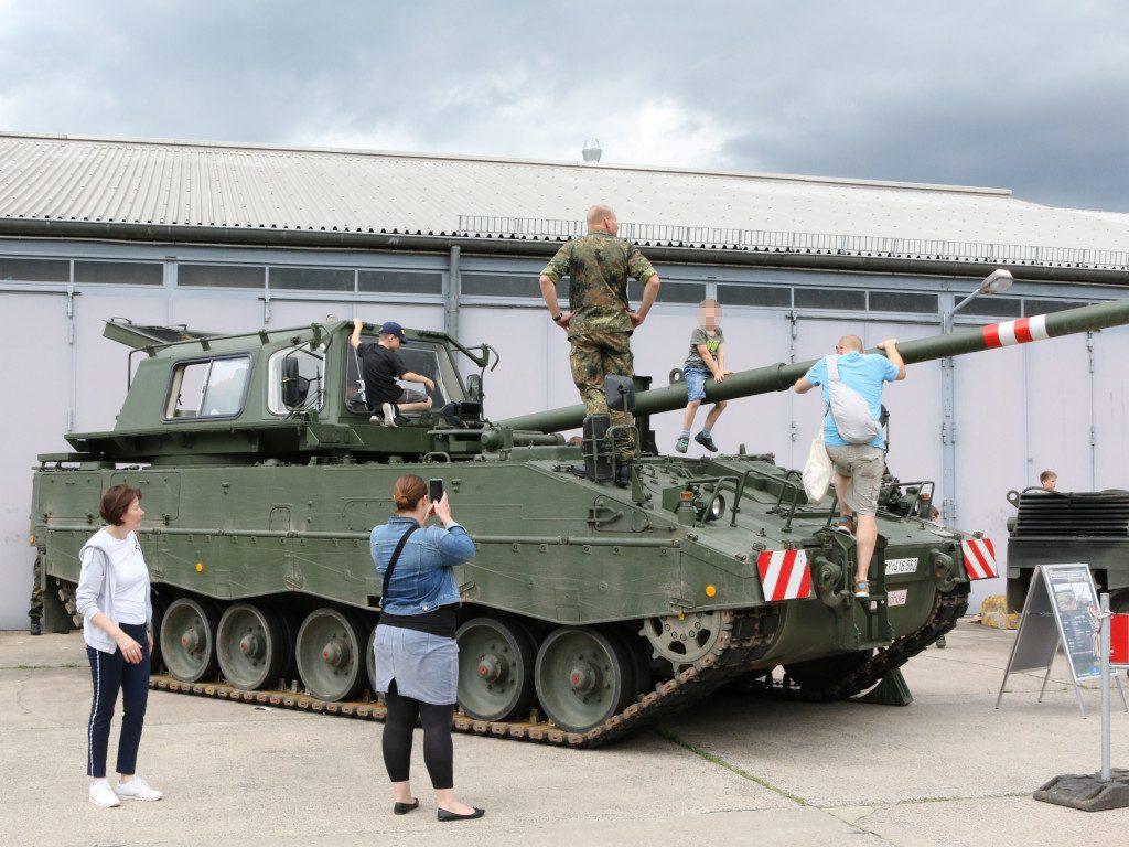 Pzh-FS-1024x768 Tag der Bundeswehr in Koblenz 15.06.2019