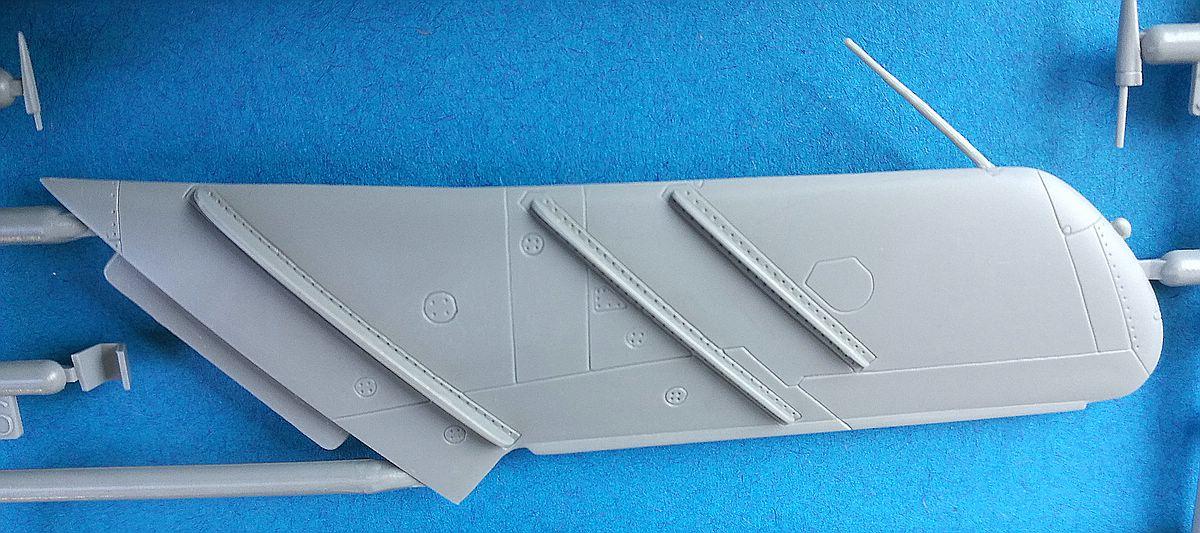 Zvezda-7318-MiG-17-13 MiG-17 Fresco in 1:72 von Zvezda # 7318