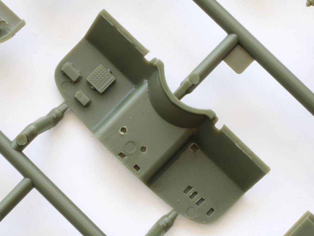 C-5-1 Soviet UAZ-469 All Terrain Vehicle 1:35 Trumpeter (#02327)