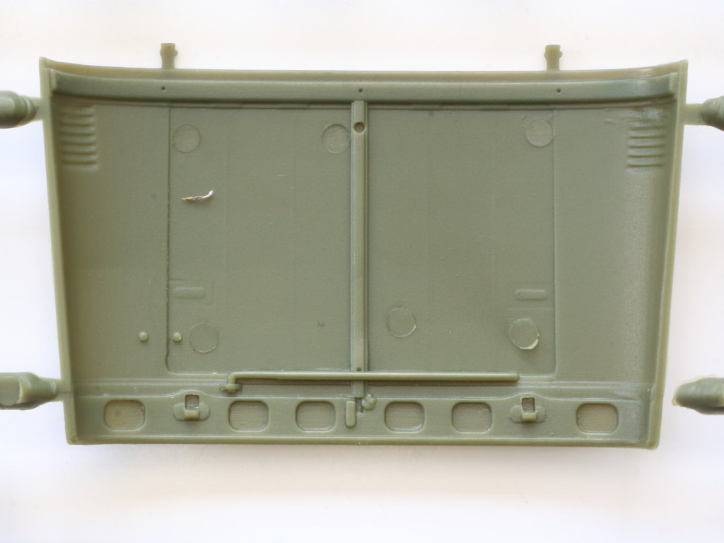 D-2-1 Soviet UAZ-469 All Terrain Vehicle 1:35 Trumpeter (#02327)