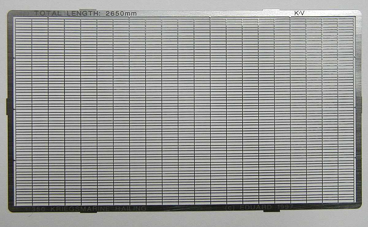 Eduard-99010-Kriegsmarine-Railings-1zu350-2 Kriegsmarine Railings 1:350 von Eduard #99010