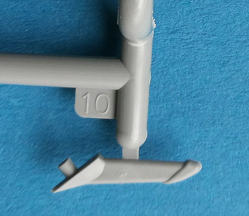 ICM-32004-Polikarpov-I-16-Typ-10-neue-Bauteile-6 Polikarpov I-16 Type 10 in 1:32 von ICM # 32004