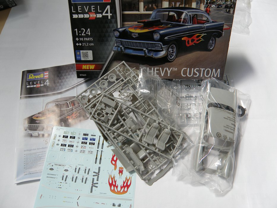 Revell-07663-56-Chevy-Custom-2 `56 Chevy Custom in 1:24 von Revell #07663