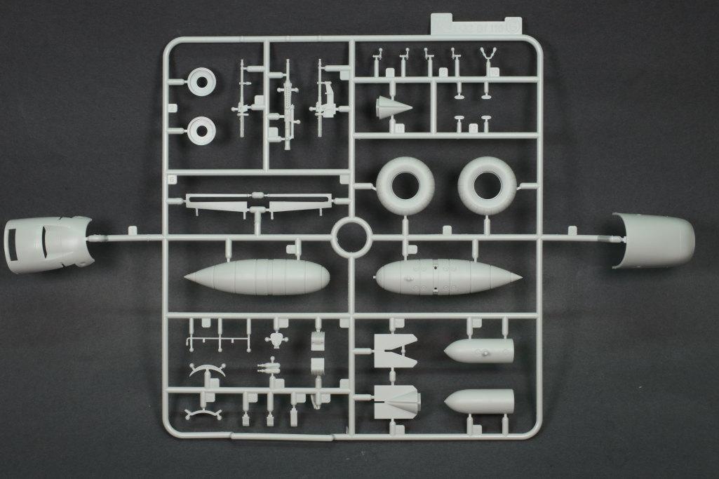 Review_Revell_Bf110C2C7_20 Bf110 C2/C7 - Revell 1/32 - #04961