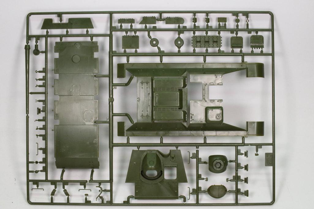 Review_Zvezda_SU-85_02 SU-85 - Zvezda 1/35