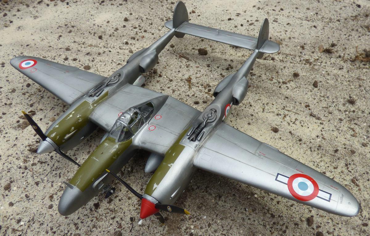 St.-Exupery-P-38-2 St. Exupérys -38 Lightning im Maßstab 1:48