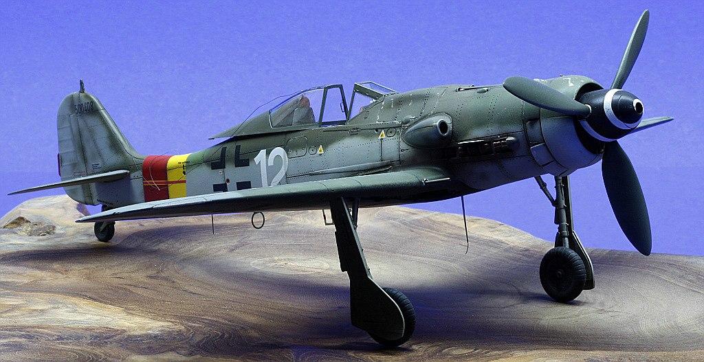 Eduard-8184-Fw-190-D-9-Galerie-3 Galerie Fw 190 D-9 von Eduard in 1:48
