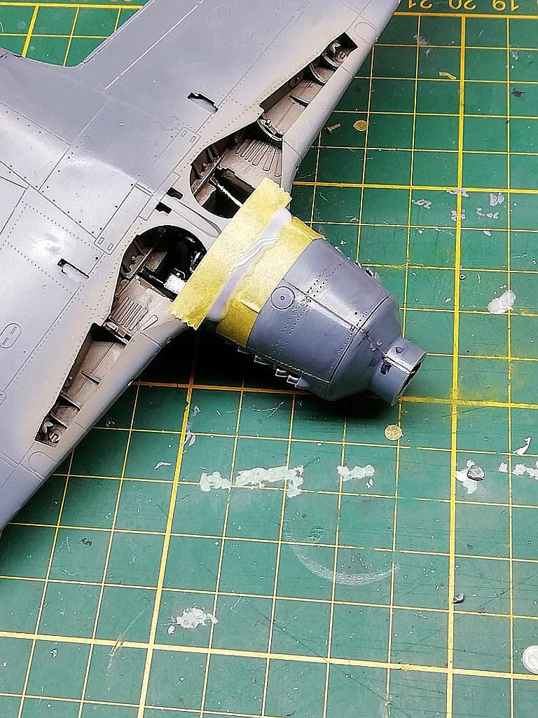 Eduard-8184-Fw-190-D-9-Werkstattbericht-Tragflächen-Passung-4-unten-Flüssig-Kunststoff Werkstattbericht: FW 190 D-9 von Eduard in 1:48