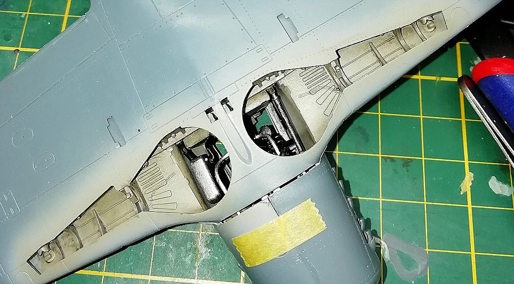 Eduard-8184-Fw-190-D-9-Werkstattbericht-Tragflächen-Passung-4-unten Werkstattbericht: FW 190 D-9 von Eduard in 1:48