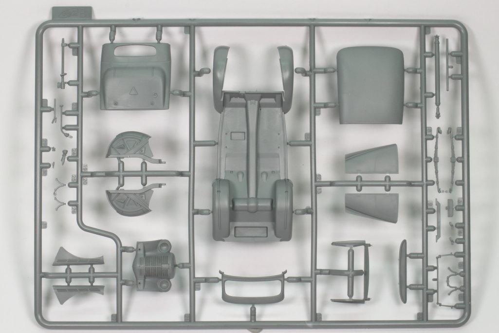Review_ICM_Kadett_K38_Cabrio_13 Opel Kadett K38 Cabriolimousine - ICM 1/35