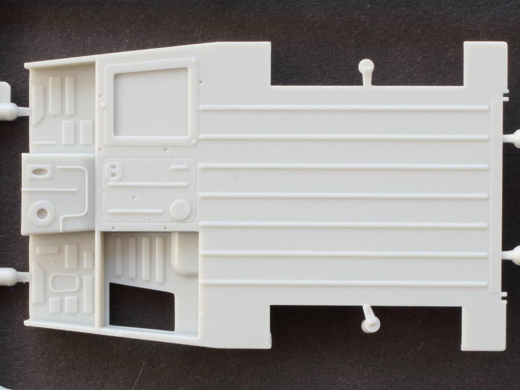 AB-3 Soviet GAZ 69(M) 4x4 Utility Truck 1:35 Bronco (CB35096)