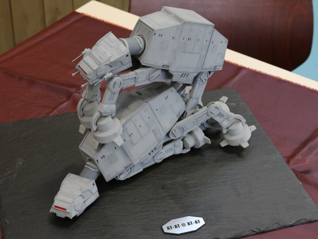 AT-AT AT-AT 1:144 Bandai/Revell (0214476 )