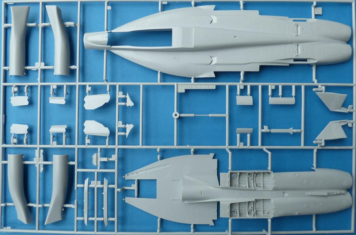 """Eduard-11129-F-18E-Superbug-3 F-18E """"Superbug"""" als Limited Edition von Eduard #11129"""
