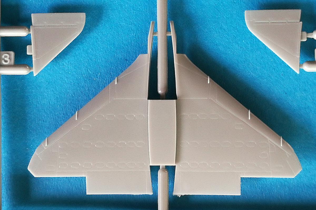 Eduard-4466-A-F-17 A-4F Skyhawk in 1:144 von Eduard #4466