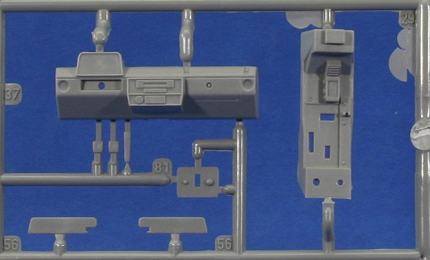 Revell-03277-LKW-gl-leicht-Wolf-6 LKW gl le WOLF in 1:35 von Revell 03277