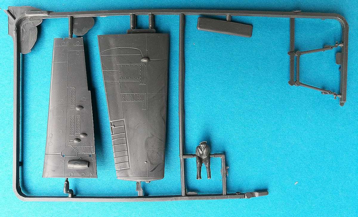 ISKRA-FROG-Wildcat-10 Kit-Archäologie: F4F-4 Wildcat in 1:72 von ISKRA (FROG F.432)