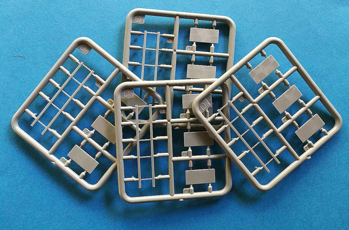MiniArt-35596-Garage-Workshop-21 Garage Workshop in 1.35 von MiniArt #35596