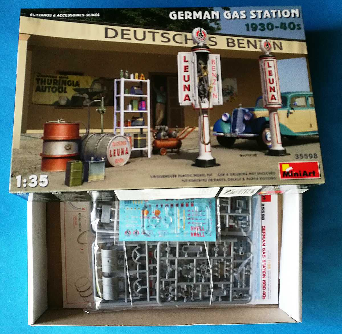 MiniArt-35598-German-Gas-Station-6 German Gas Station 1930s - 1940s in 1:35 von MiniArt # 35598