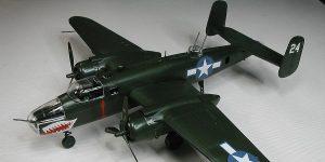 """Gebaut: Die B-25 Mitchell """"Easy Click System"""" von Revell"""