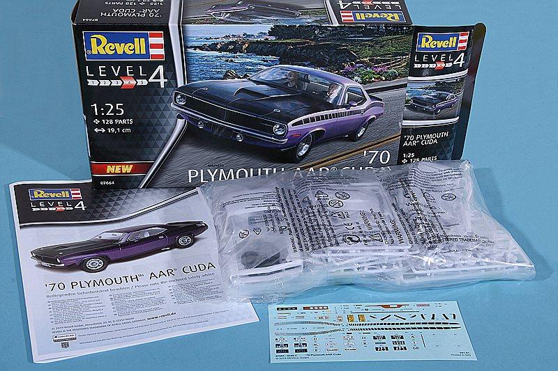 Revell-07664-Plymouth-AAR-CUDA-1970-26 Plymouth AAR CUDA 1970 in 1:25 von Revell # 07664