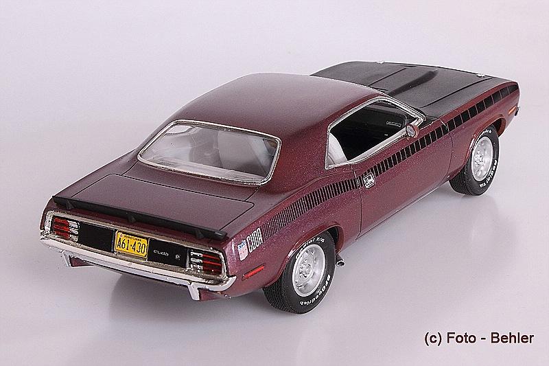 Revell-07664-Plymouth-AAR-CUDA-1970-3 Plymouth AAR CUDA 1970 in 1:25 von Revell # 07664