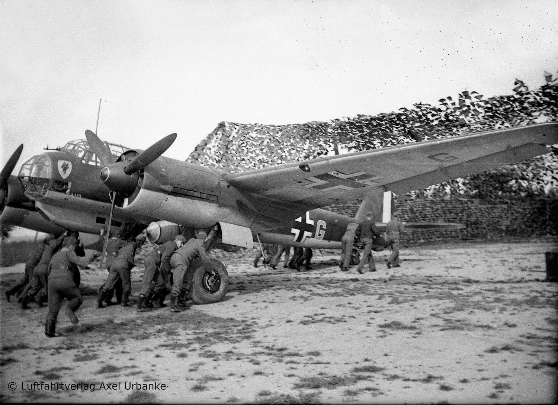 04972-Junkers-Ju88-A-1-Battle-of-Britain-c-Luftfahrverlag-Axel-Urbanke Revell-Neuheiten Januar-April 2020