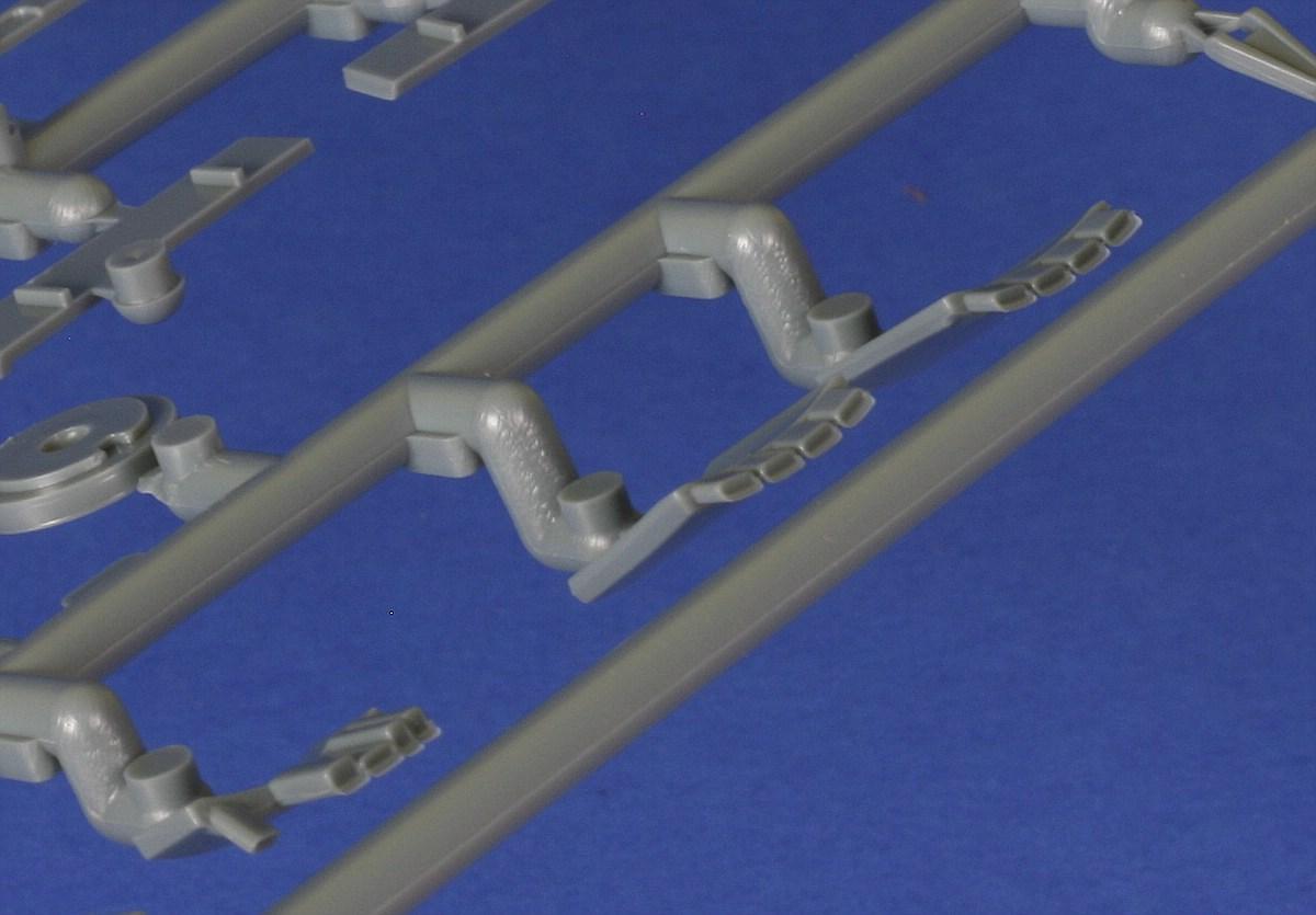 Eduard-82145-Fw-190-A8-R2-Rahmen-C-4 FW 190 A-8/R2 in 1:48 von Eduard # 82145