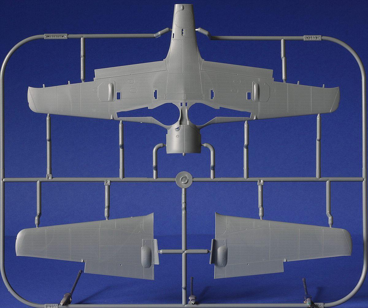 Eduard-82145-Fw-190-A8-R2-Rahmen-L-1 FW 190 A-8/R2 in 1:48 von Eduard # 82145