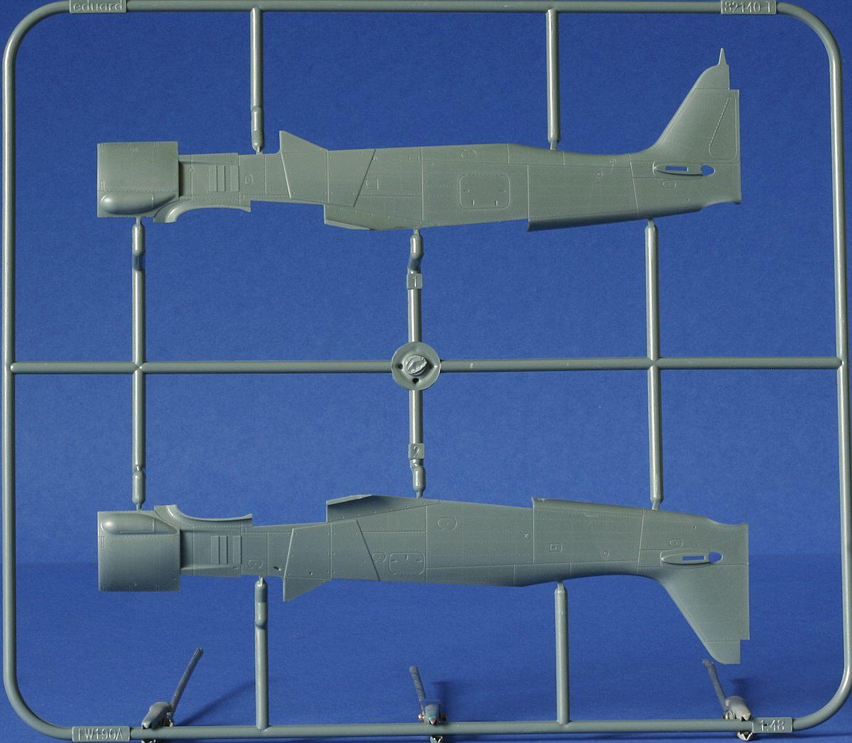 Eduard-82145-Fw-190-A8-R2-Rahmen-T-1 FW 190 A-8/R2 in 1:48 von Eduard # 82145