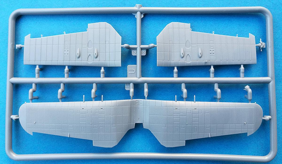 IBG-73523-PZL-P.11g-KOBUZ-24 PZL P.11g KOBUZ in 1:72 von IBG #72523