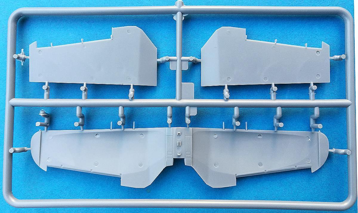 IBG-73523-PZL-P.11g-KOBUZ-27 PZL P.11g KOBUZ in 1:72 von IBG #72523
