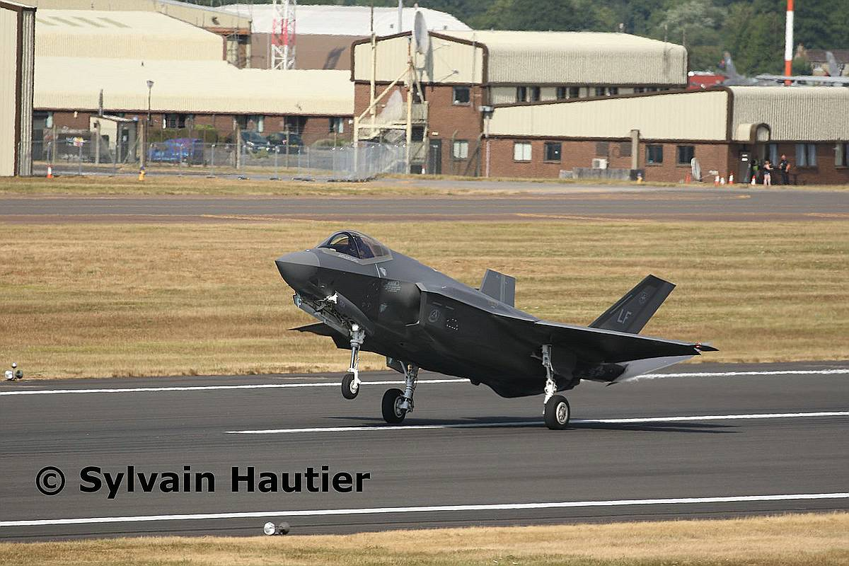 Revell-03868-F-35A-Lightning-II-c-Sylvain-Hautier Revell-Neuheiten Januar-April 2020