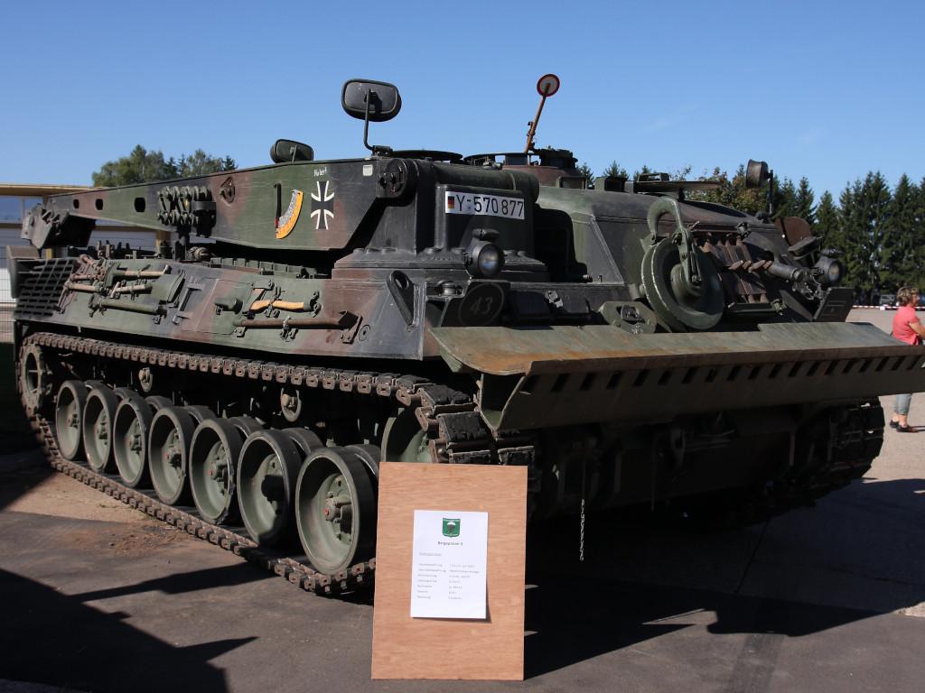 1 Bergepanzer 2 Standard 1:35 Takom (#2122)