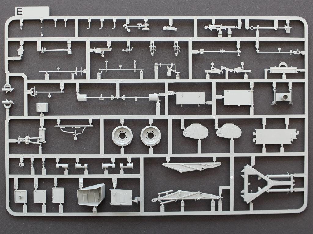 E Bergepanzer 2 Standard 1:35 Takom (#2122)