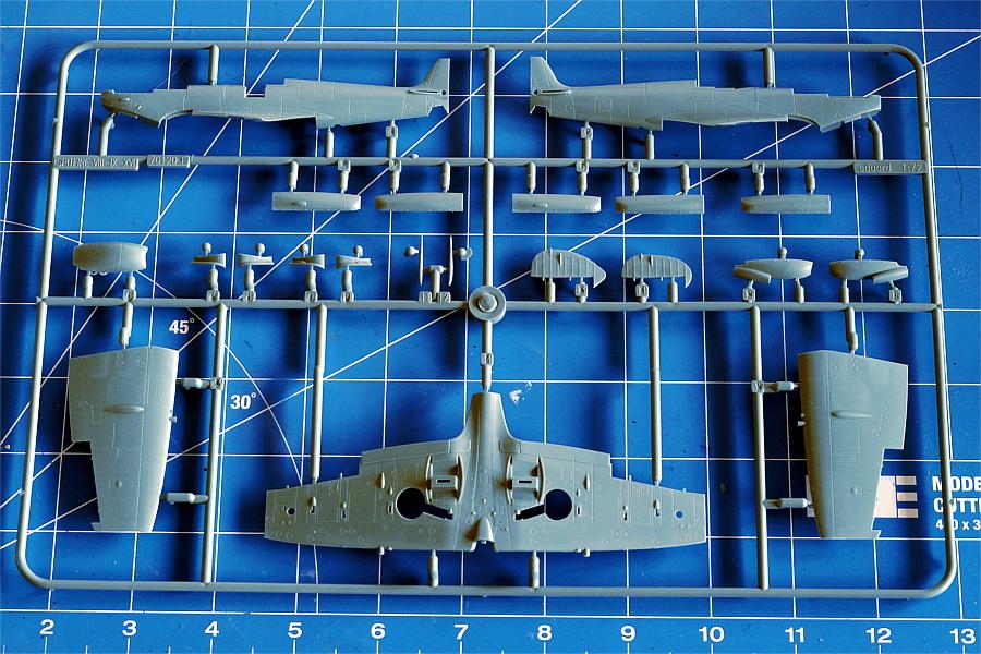 Eduard-70129-Spitfire-Mk-VIII_Eduard_Spritzling-F Spitfire HF Mk.VIII in 1:72 PROFIPACK von EDUARD #70129