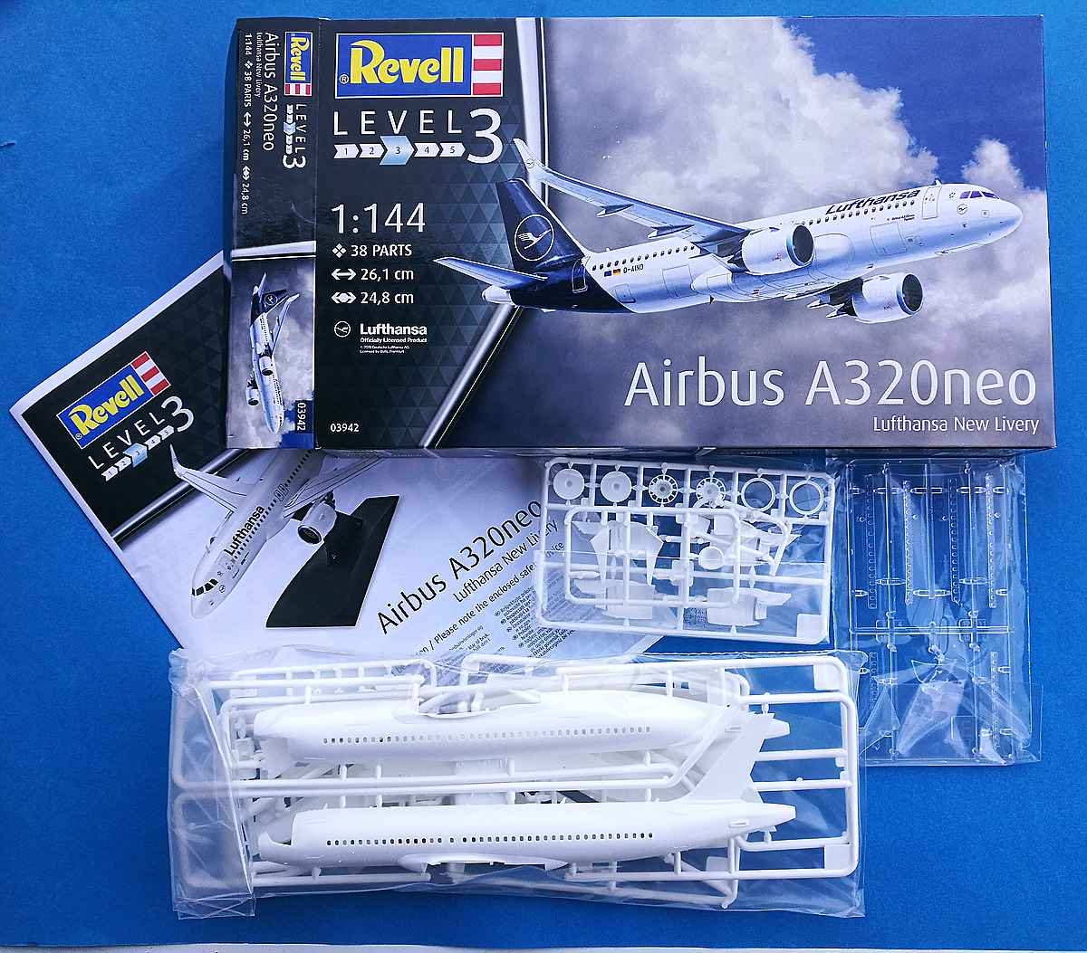 Revell-03942-Airbus-A320Neo-2 Airbus A320Neo in 1:144 von Revell # 03942