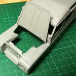 Revell-07047-Landrover-Series-III-Baubericht-Motorhaube-2-150x150 Landrover III LWB in 1:24 von Revell # 07047