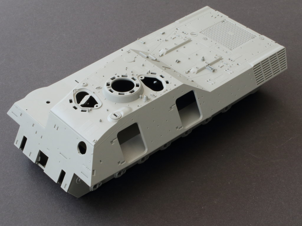 Wannen01 Bergepanzer 2 Standard 1:35 Takom (#2122)